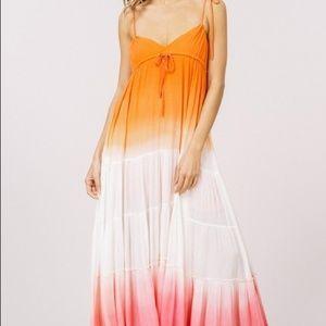 Dresses & Skirts - 🎉🎉HOST PICK🎉🎉CAMELLIA Ombré Maxi Dress